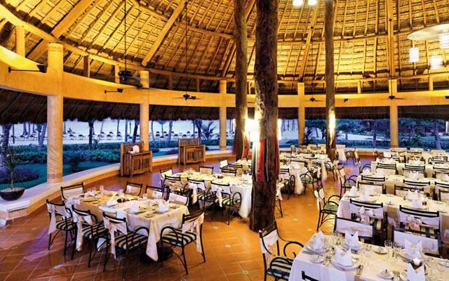 Hotel Barceló Maya Colonial, escenario ideal para tus alimentos