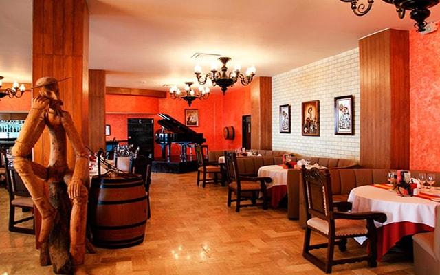 Hotel Barceló Puerto Vallarta, Restaurante Don Quijote