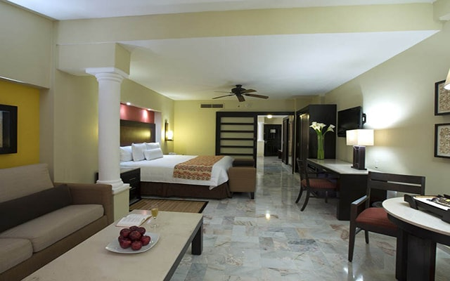 Hotel Barceló Puerto Vallarta, habitaciones bien equipadas