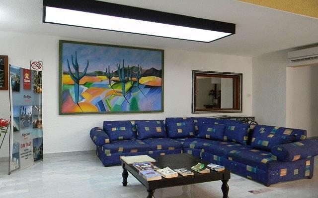 Hotel Beach House Imperial Laguna Cancún, lobby
