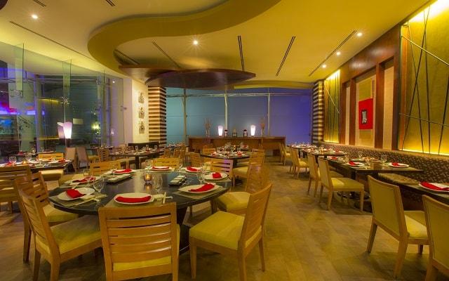 Hotel Beach Palace, Restaurante Wok