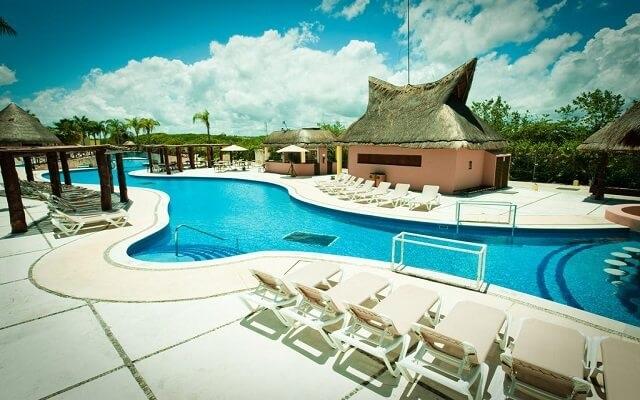 Hotel Bel Air Collection Resort & Spa Xpu-Ha Riviera Maya, disfruta de su alberca al aire libre