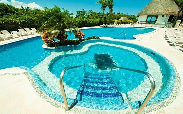 Hotel Bel Air Collection Resort & Spa Xpu-Ha Riviera Maya, jacuzzi al aire libre