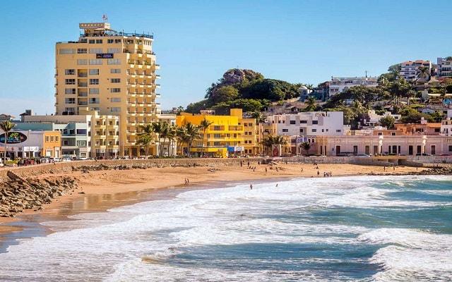Hotel Best Western Centro Histórico Posada Freeman, disfruta de la playa a unos pasos