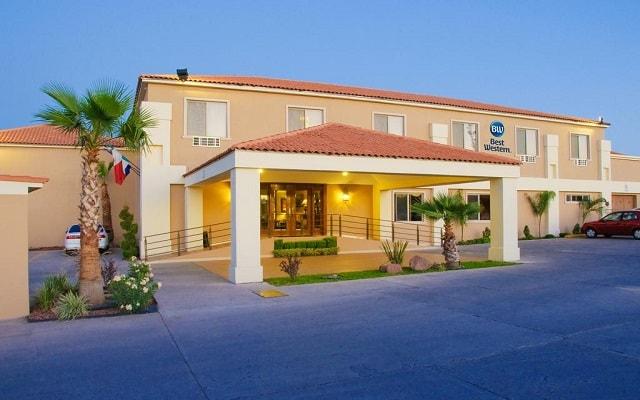 Hotel Best Western Cumbres Aeropuerto en Chihuahua Ciudad