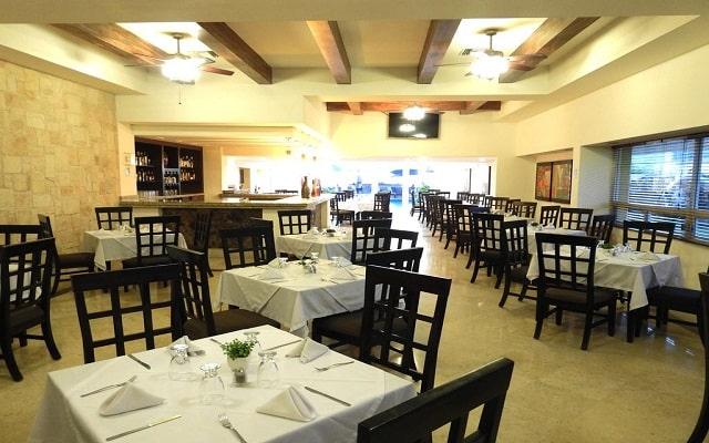 Hotel Best Western Posada Freeman Zona Dorada, sitio ideal para tus alimentos