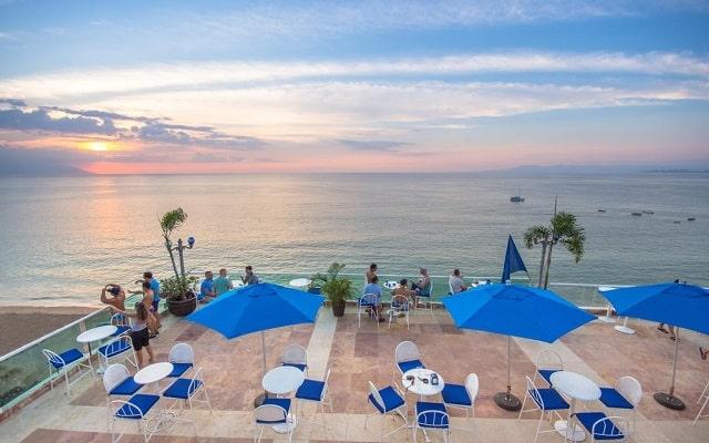 Hotel Blue Chairs Resort By The Sea, relájate descubriendo las maravillosas puestas de sol