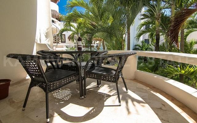 Hotel Blue Palms, relájate en el balcón