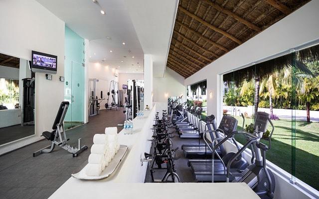 Hotel Blue Bay Grand Esmeralda, gimnasio bien equipado