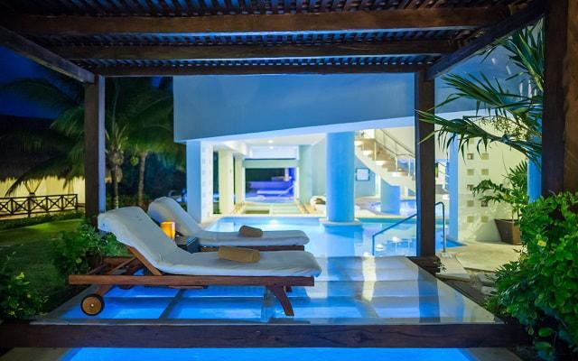 Hotel Blue Bay Grand Esmeralda, permite que te consientan en el spa