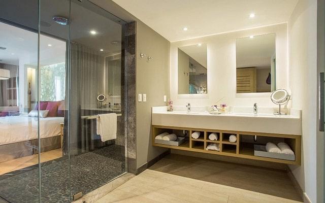 Hotel Breathless Riviera Cancún Resort and Spa, amenidades de calidad