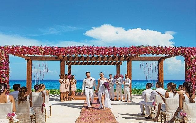 Hotel Breathless Riviera Cancún Resort and Spa, tu boda como la imaginaste