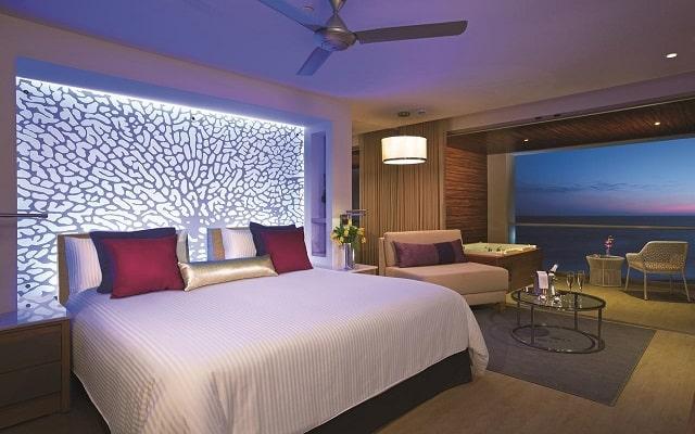 Hotel Breathless Riviera Cancún Resort and Spa, ambientes únicos
