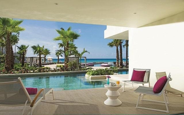 Hotel Breathless Riviera Cancún Resort and Spa, lujo y confort