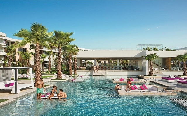 Hotel Breathless Riviera Cancún Resort and Spa, hotel solo para adultos