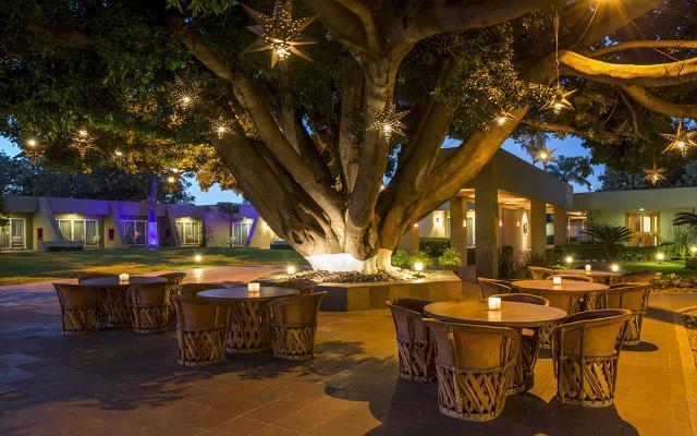 Hotel Camino Real Guadalajara, cuenta con amplios jardines