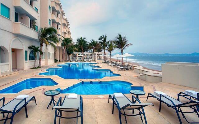 Hotel Camino Real Manzanillo en Manzanillo