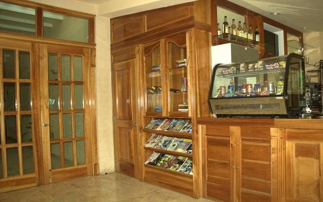 Hotel Cancún International Suites, ofrece desayuno en cortesía