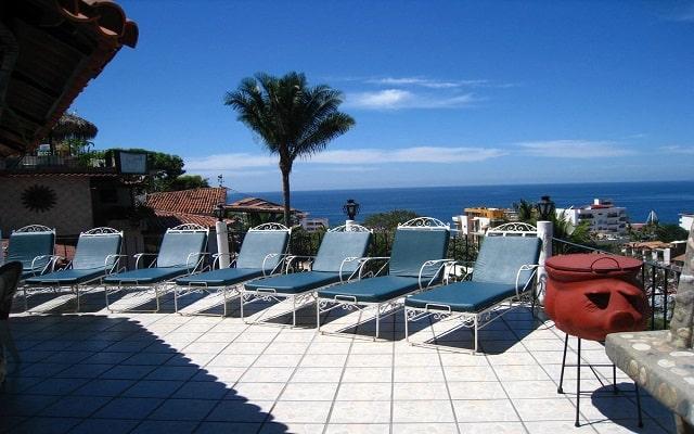 Hotel Casa Anita y Corona del Mar, relájate en sus camastros