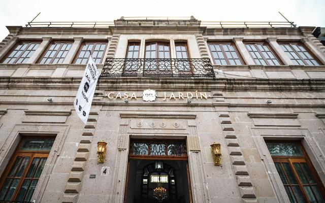 Hotel elizabet cd deportiva ofertas de hoteles en for Casa jardin hotel