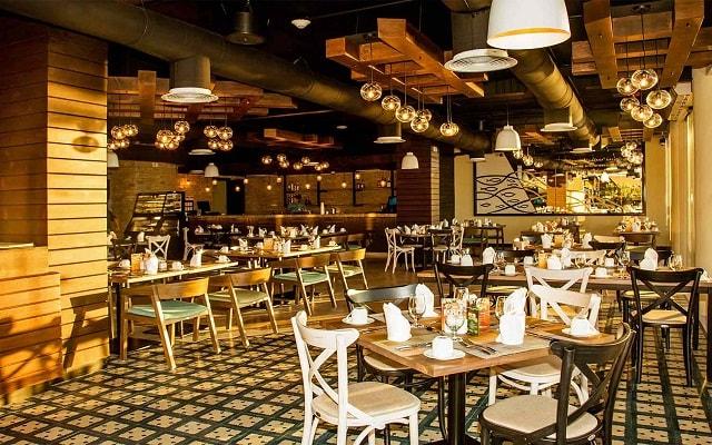 Hotel Casa Dorada Los Cabos, escenario ideal para tus alimentos