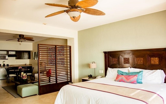 Hotel Casa Dorada Los Cabos, amplias y luminosas habitaciones