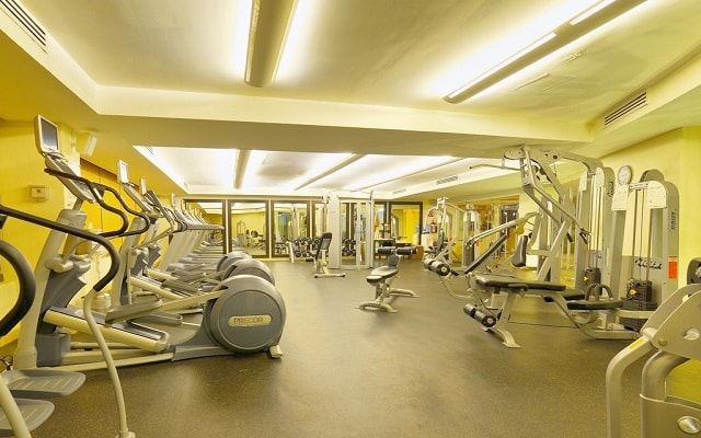 Hotel Casa Dorada Los Cabos, gimnasio bien equipado