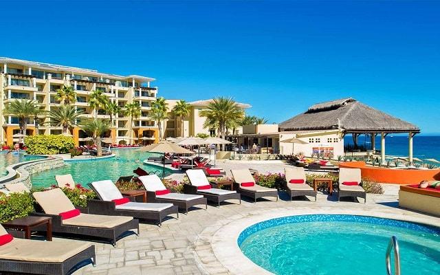 Hotel Casa Dorada Los Cabos, relájate en el jacuzzi