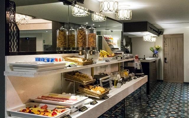 Hotel Casa Malí by Dominion, buena gastronomía