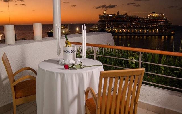 Hotel Casa Mexicana Cozumel, disfruta una cena con vistas hermosas