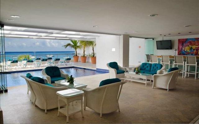 Hotel Casa Mexicana Cozumel, podrás disfrutar de bebidas o coctéles en el bar