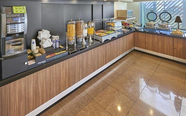 Hotel City Express Hermosillo, disfruta un rico desayuno cortesía del hotel