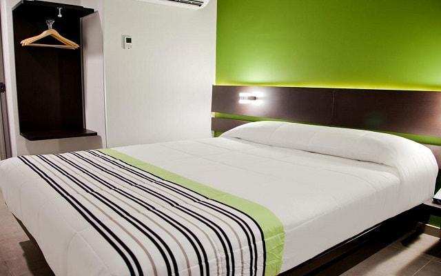 Hotel City Express Junior Cancún, descansa en la comodidad de sus habitaciones