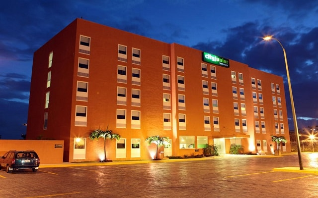 Hotel City Express Junior Cancún, buena ubicación