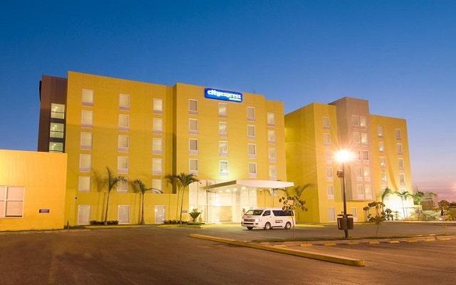 Hotel City Express Lázaro Cárdenas en Lázaro Cárdenas