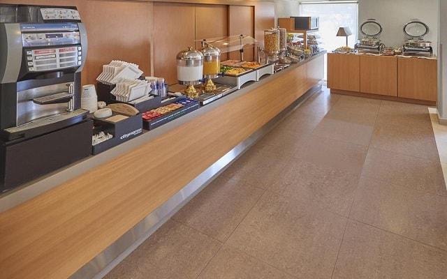 Hotel City Express Mazatlán, rico y variado menú para tu desayuno