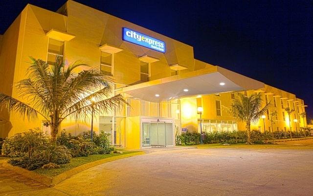 Hotel City Express Playa del Carmen, buena ubicación