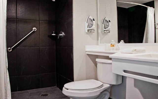 Hotel City Express Plus Guadalajara Palomar, amenidades de calidad