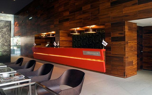 Hotel City Express Plus Reforma El Ángel, atención personalizada desde el inicio de tu estancia