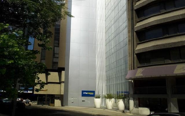 Hotel City Express Plus Reforma El Ángel, muy buena ubicación