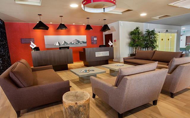 City Express Suites Cabo San Lucas, atención personalizada desde el inicio de tu estancia
