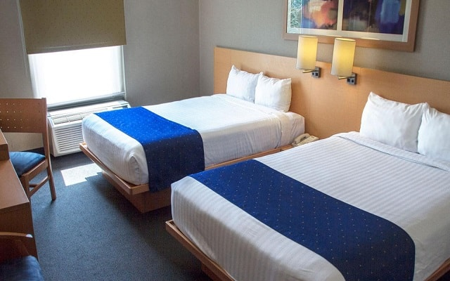 Hotel City Express Tepotzotlán, habitaciones cómodas y acogedoras