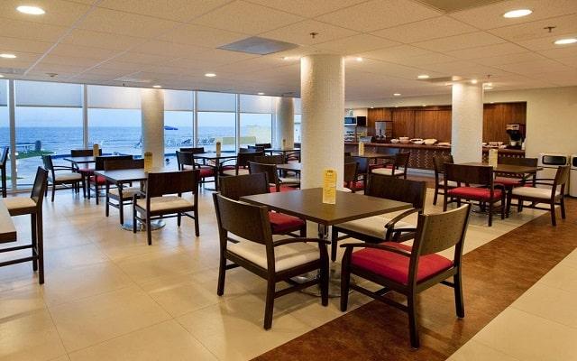 Hotel City Express Veracruz, escenario ideal para tus alimentos