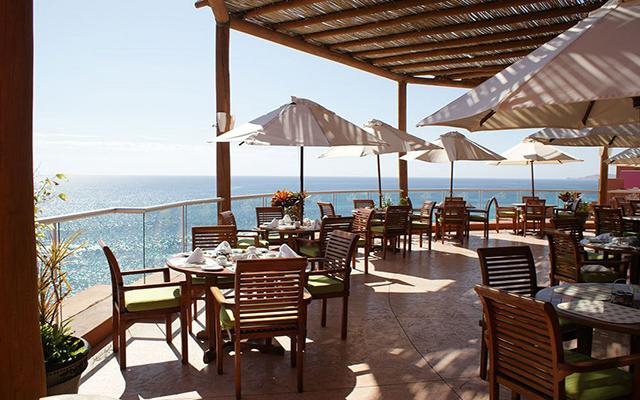 Hotel club regina los cabos ofertas de hoteles en los cabos for Habitaciones conectadas hotel