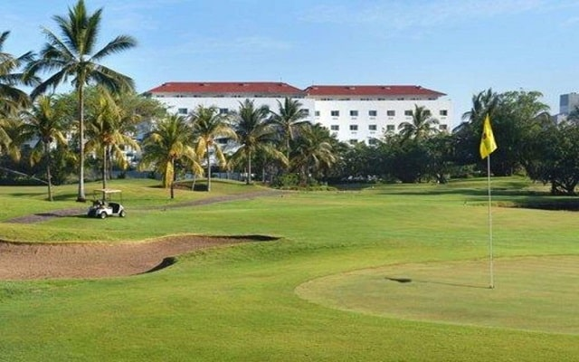 Hotel Comfort Inn Puerto Vallarta, club de golf