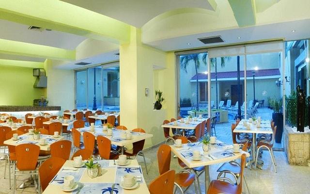 Hotel Comfort Inn Veracruz, escenario ideal para tus alimentos