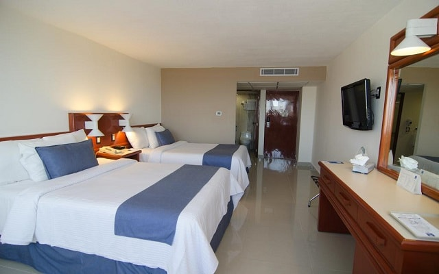 Hotel Comfort Inn Veracruz, amplias y luminosas habitaciones