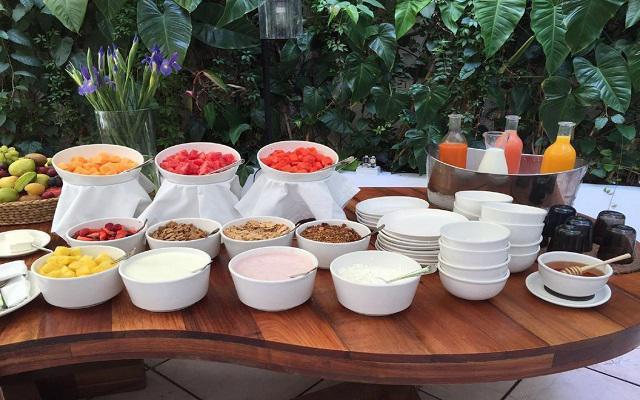 Hotel Condesa DF, variadas opciones para tus comidas