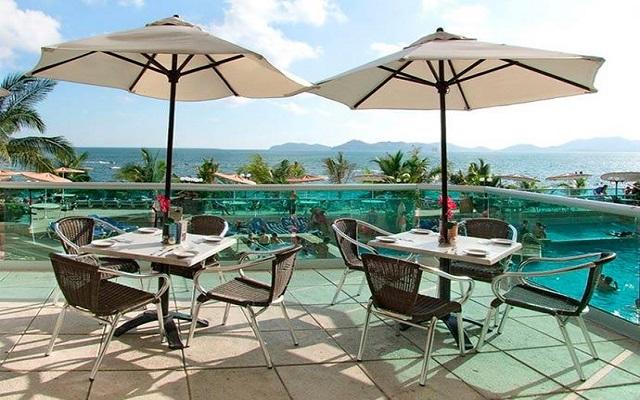Hotel Copacabana Acapulco Beach, relájate en la terraza