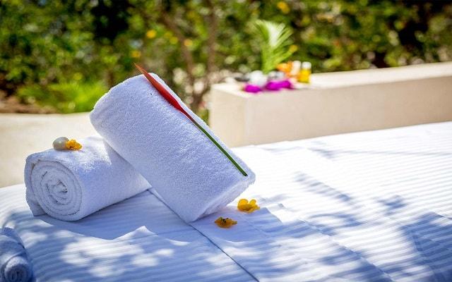 Hotel Coral Blue Huatulco, permite que te consientan con un masaje